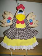 Aula do dia 21/01/2011 será está linda galinha porta pano de prato
