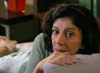 Marília Pêra é diretora de Misterio de Irma Vap. Ela tinha que ensinar os diretores corporativos a trabalhar!
