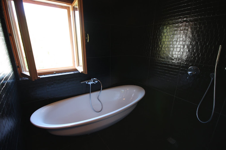 2 metre bathtub