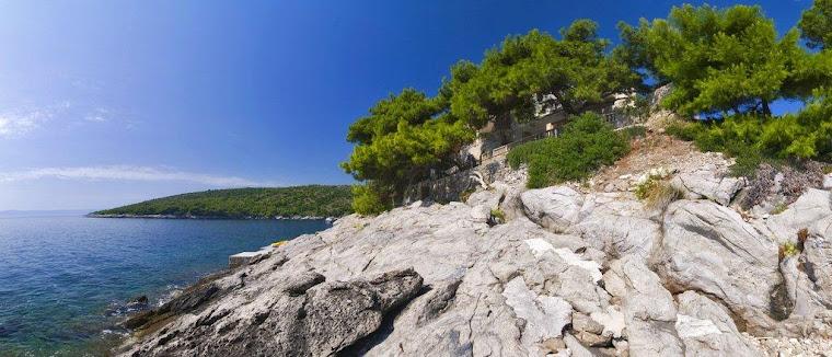 The sea side of Villa Rosemarine
