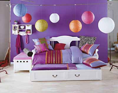 sweet bedroom decoration 2011