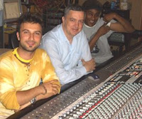 Tarkan with LA studio Pacifique's Ken Deranteriasian and mixer Dexter Simmons in 2006