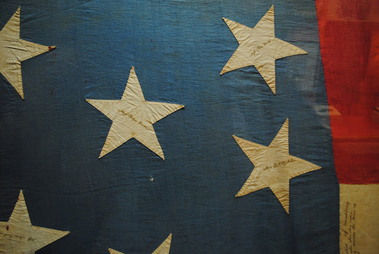 NASHVILLE THE TENNESSEE STATE MUSEUM: la bandiera cucita e firmata dalle mogli dei comandanti.