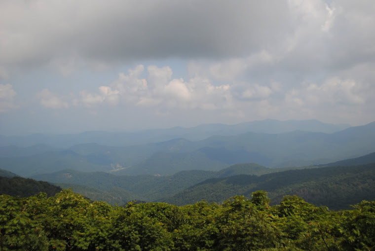 BLUE RIDGE PARKWAY NORTH CAROLINA & VIRGINIA