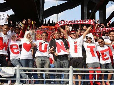 Fans Manchester United Malaysia XI Preseason  2336187 Man United dan AC Milan akan hancurkan islam ?