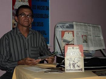O livro: A História do Início da Assembleia de Deus no Brasil em (cordel)