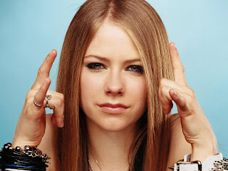 avril lavigne face