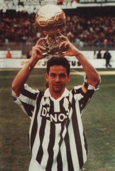 Roberto Baggio - Wallpaper Colection