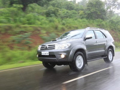Toyota Fortuner India Review 2009