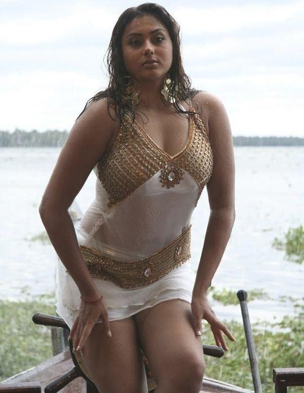 namitha dress change photos