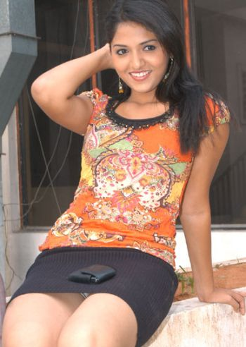 Casually Telugu teen girls sexy photes long