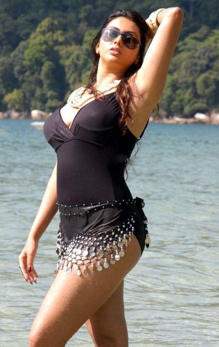 hot exposing stills of namitha at beach