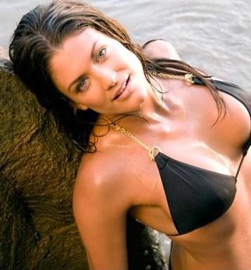 La operacin Crossroad en el atoln de Bikini - YouTube