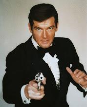 Sir Roger Moore realizó 7 películas como 007