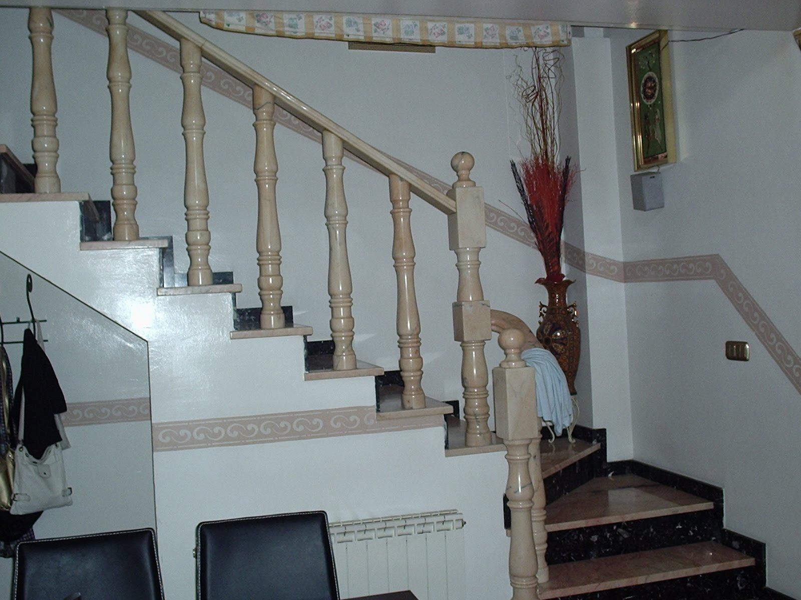 Decoraci n del interior de mi casa escalera cijuela 3 for Decoracion casa granada