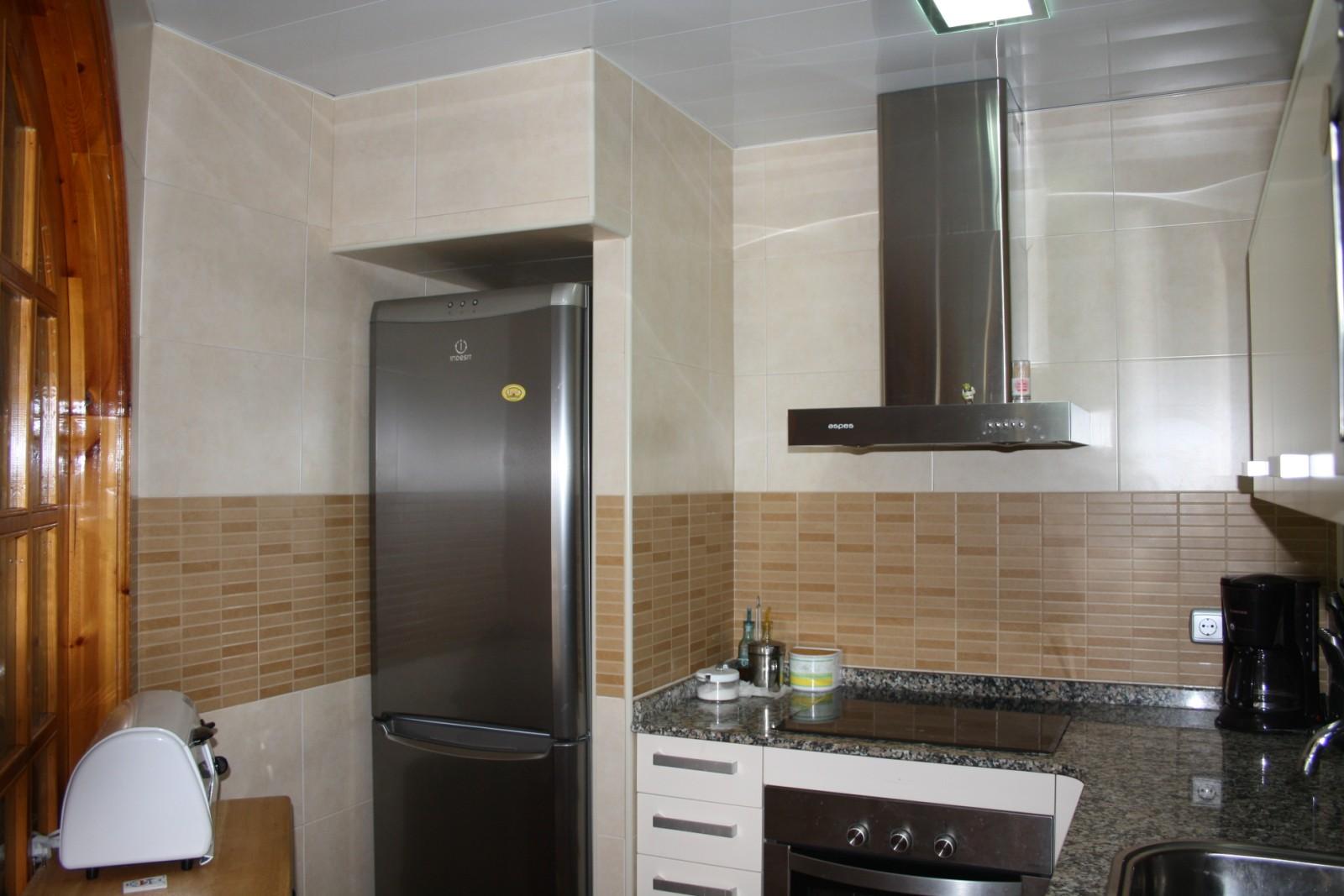 Casa de roda de bara alicatado cocina 4 fotos - Alicatado cocina ...