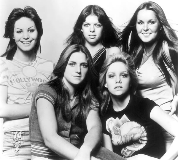 cherie currie wiki. Sandy West, Cherie Currie)