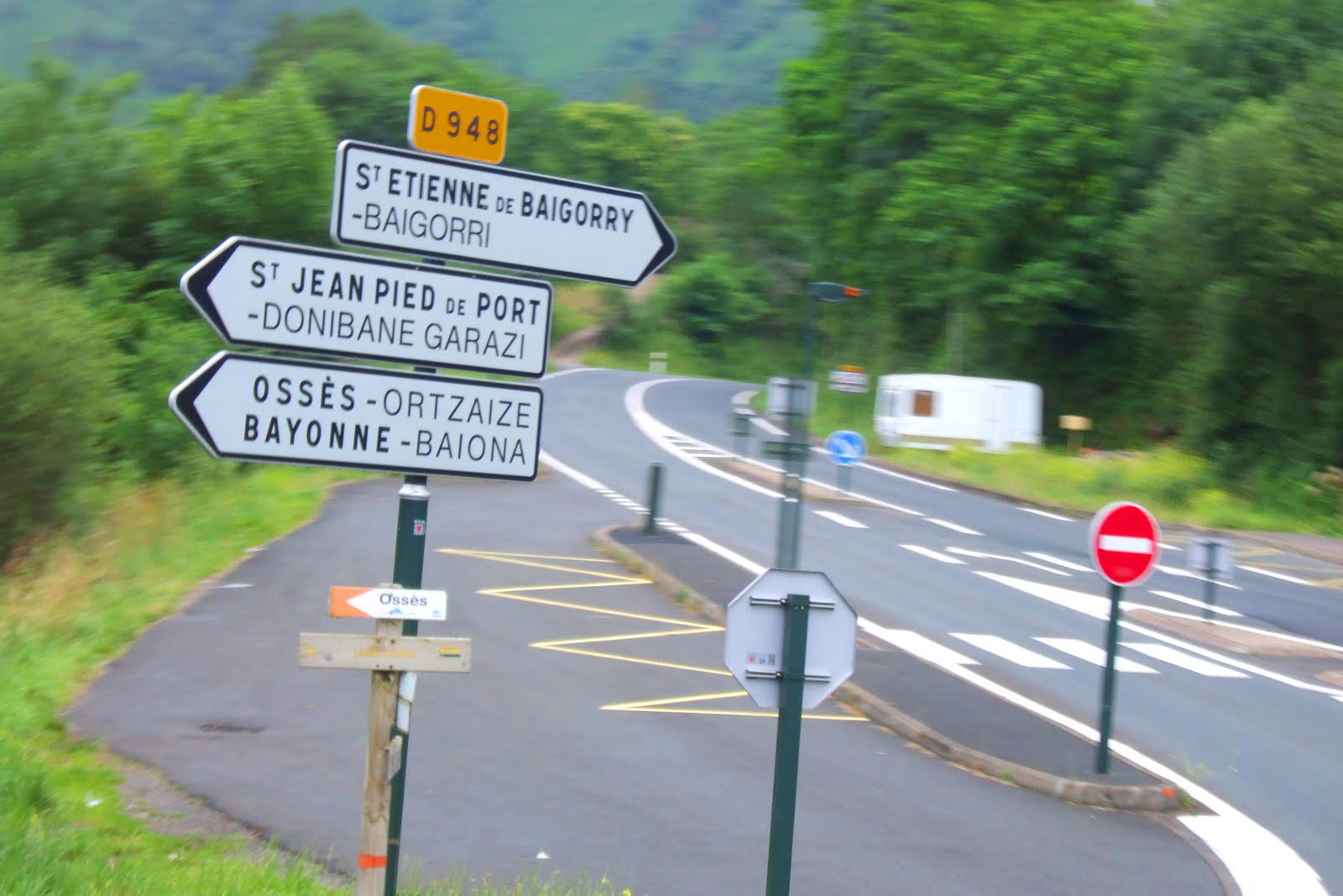 El camino a santiago de compostela bayonne saint jean - Train from bayonne to st jean pied de port ...