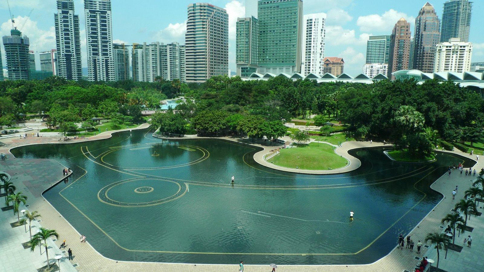Tropical Gardening A Roberto Burle Marx Garden In Kuala Lumpur