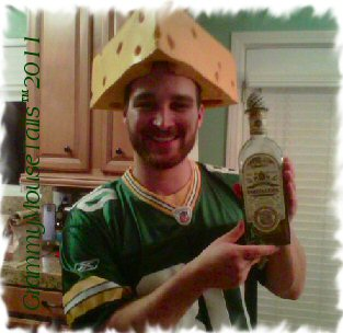 _packer-fan-cheesehead-celebrating-san-diego