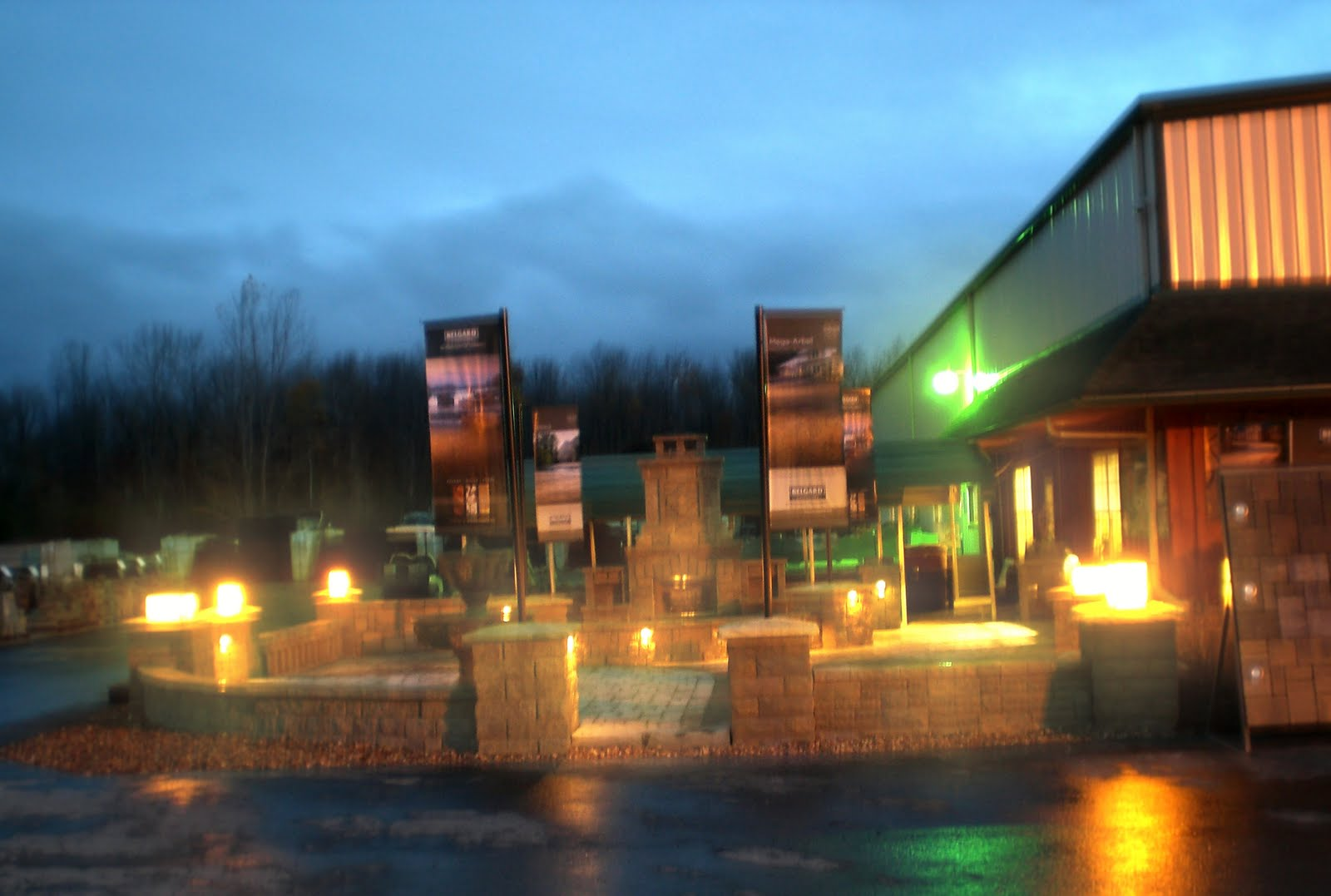 Sensenigs landscape supply our new belard troy lighting for Landscape lighting supply