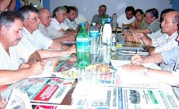 Reunión de productores con el Ministro de la Producción
