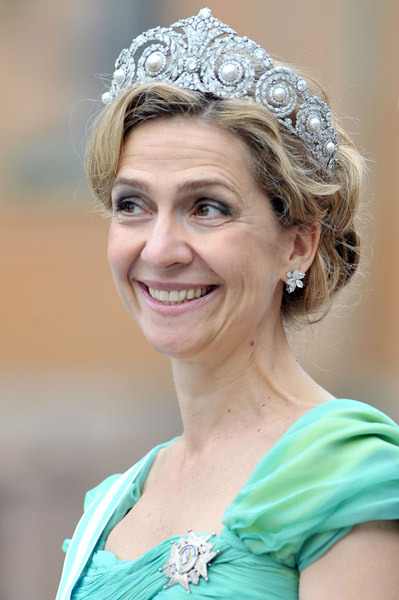 young queen sofia. the tiara for Queen Sofia
