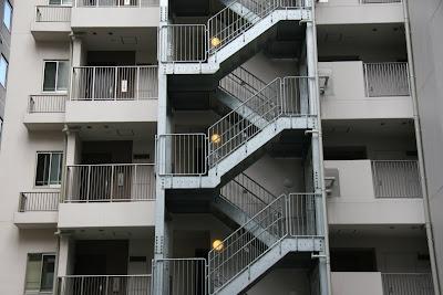 Haikuvisual escaleras exteriores for Modelos de escaleras exteriores
