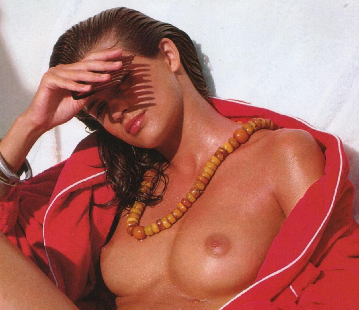 Carla gugino naked video