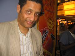 Dr B Jesus (GlobalB) at Alexandria Starbucks
