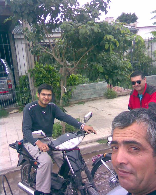 Mis amigos Fabio Miky y yo en Güemes