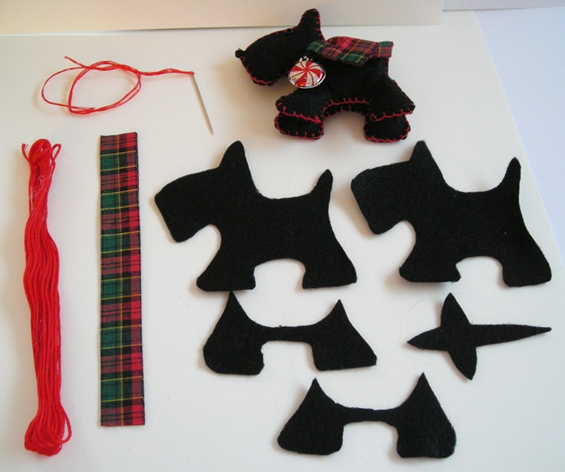 You may remember last year's felt ornaments were the ice skates with ...