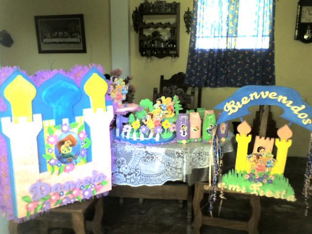 TODO EN FOAMI: Decoracion o Kit de Baby Princesas