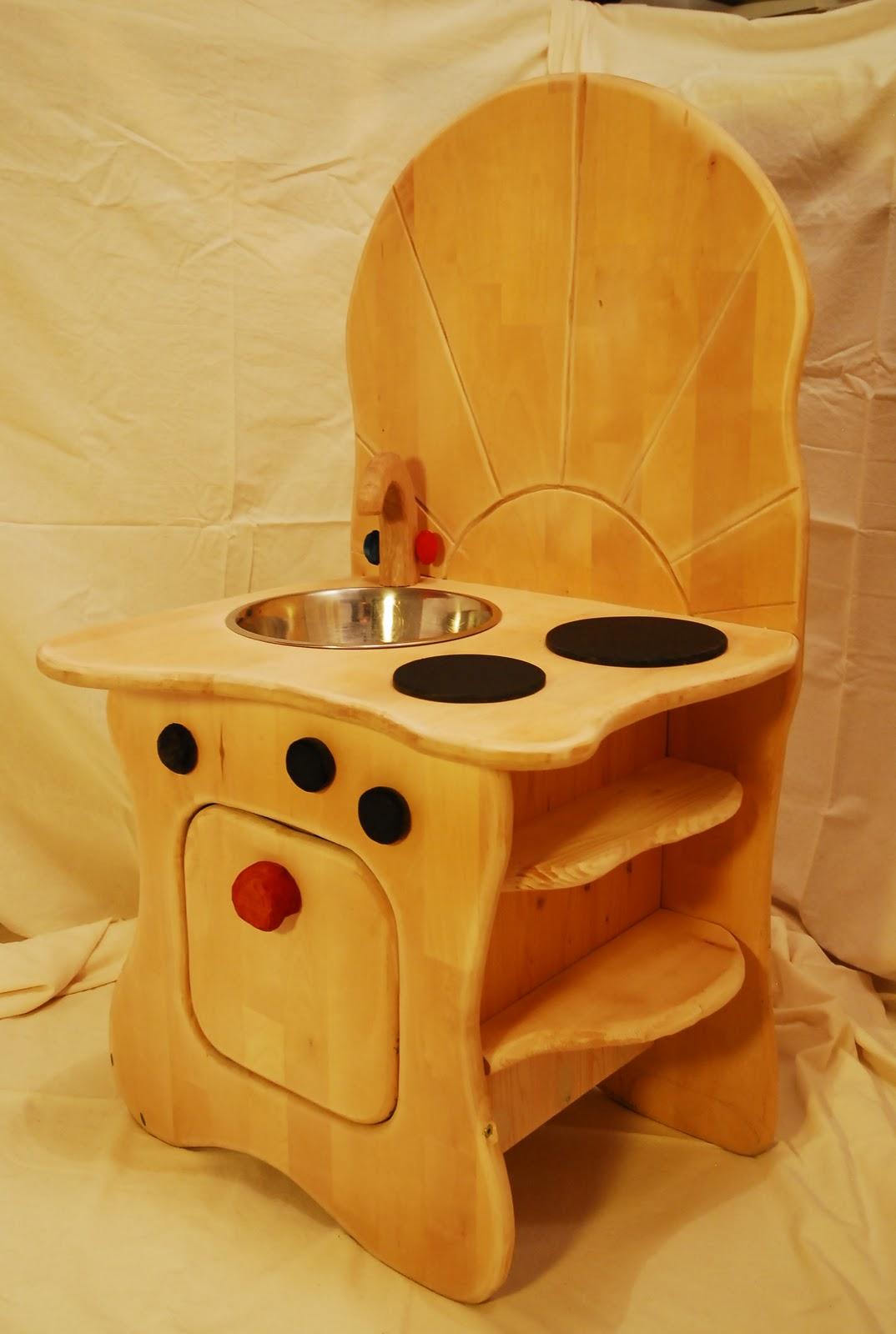kinderk chen aus holz takatukabau. Black Bedroom Furniture Sets. Home Design Ideas