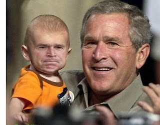 4and wenayaki pekanin... Bush_and_baby_bush1242779273%5B1%5D