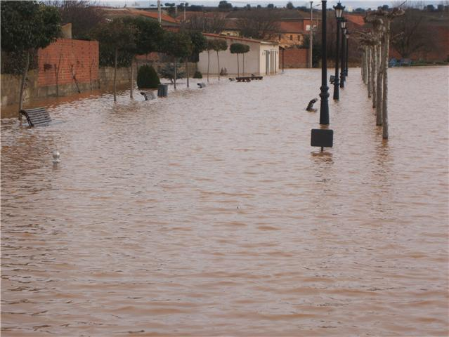 Riada 27 de febrero de 2010 Inundaci%C3%B3n270210_09