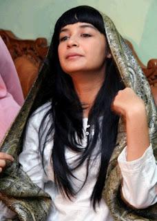 Beredar Video porno Shireen Sungkar beradegan sex dan mesum
