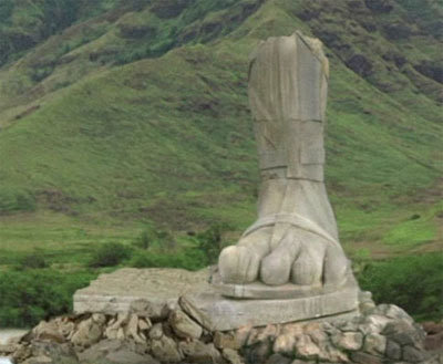 Four Toed Statue Lost Island Mystery Mysteries