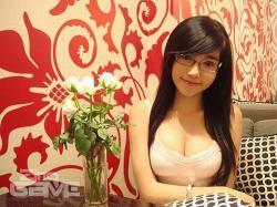 Elly Kim Hong (Elly Tran Ha)