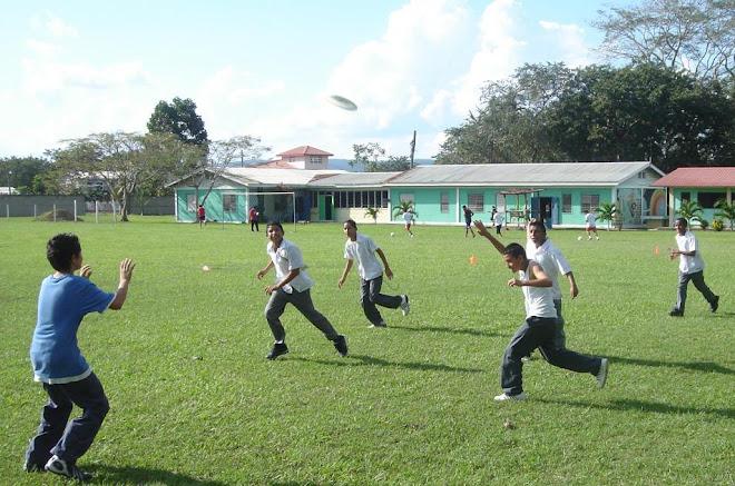 Frisbee Club, Sacred Heart High School