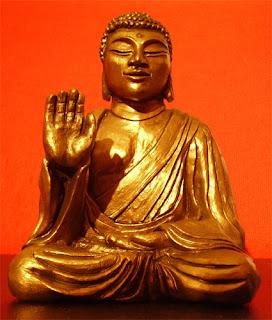 orme magiche sculture scultura buddha amogasiddhi creta fatte a mano artigianato italiano
