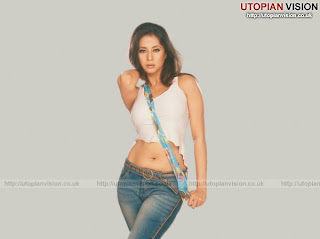 urmila matondkar - sexy indian celebrity