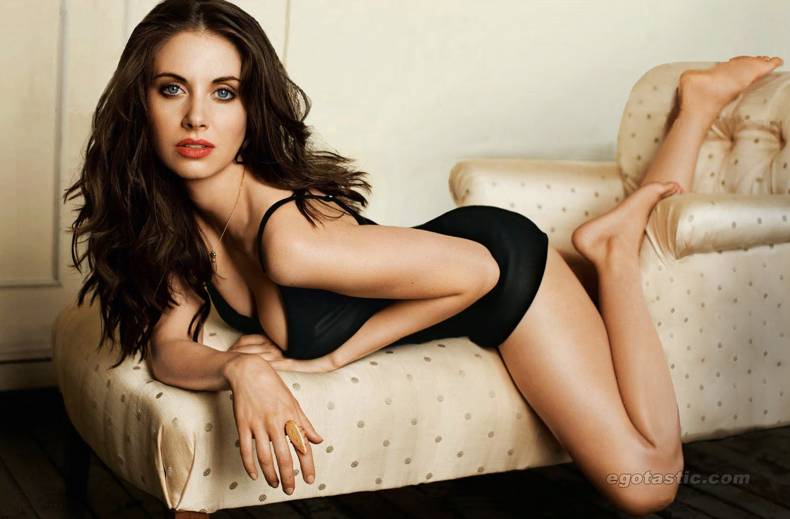 ALISON BRIE Admiration thread