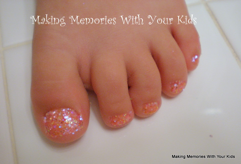 A little Bling for the Phalanges - Making Memories With Your Kids