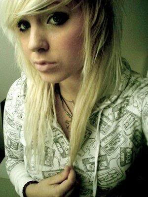 arie ayashii new scene queen girl 2010 emo hair pretty colors bleach blonde