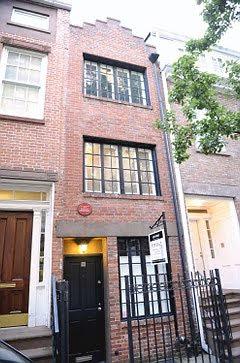 Fachadas angostas fachadas muy estrechas thin house for Casas estrechas