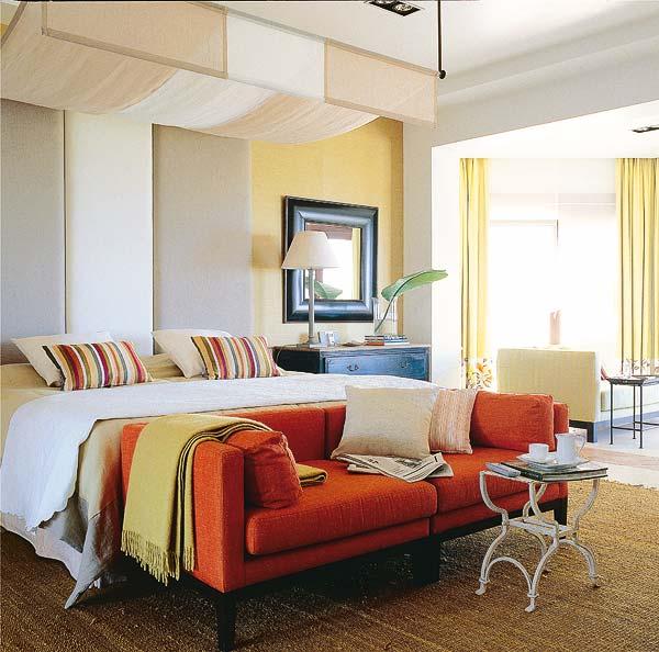 Pie de cama baul banqueta para realzar el estilo al for Muebles la fabrica sofas cama