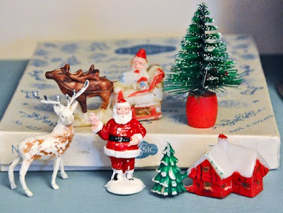 Country Cottage Chic: Festive Photos