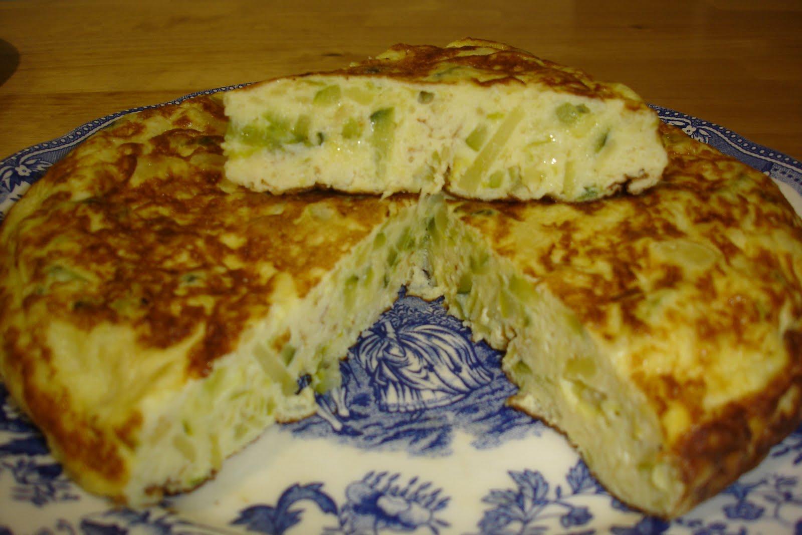 Las recetas de domi tortilla de calabacin patata y cebolla - Tortilla de calabacin y cebolla ...