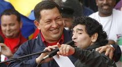 Maradona llegó a Caracas para reunirse con Hugo Chávez
